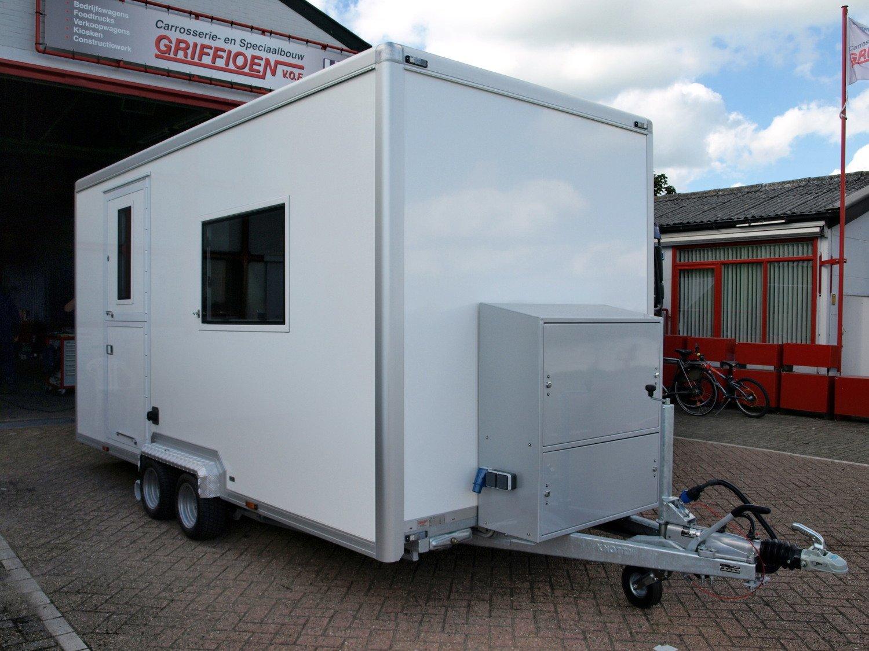 Caravan 3.jpg
